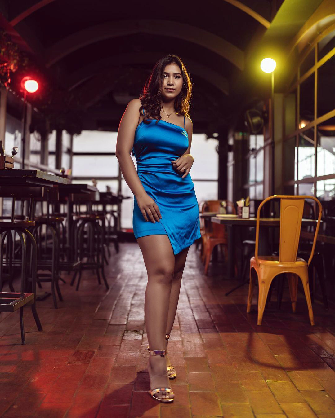 Divya Pandey Photos Images