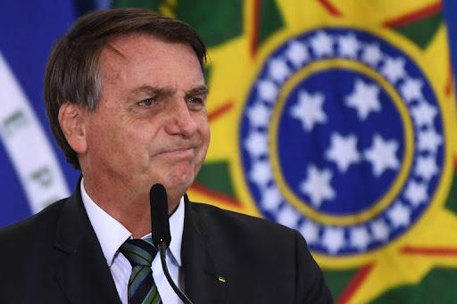 Bolsonaro recua e diz que suas declarações contra o STF foram no calor do momento