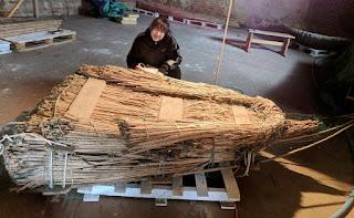 Corfiot papyrella, a reed raft