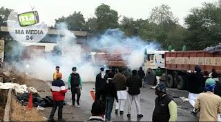 दिल्ली-जयपुर हाईवे पर पुलिस और किसानों के बीच झड़प