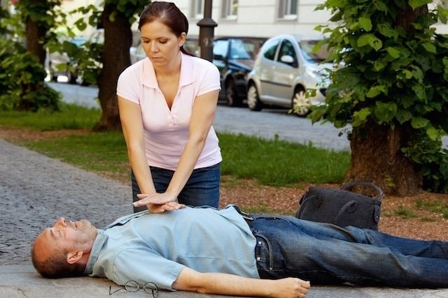 Parada cardíaca: o que é, principais causas e tratamento