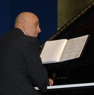 الدكتور تيسير حداد