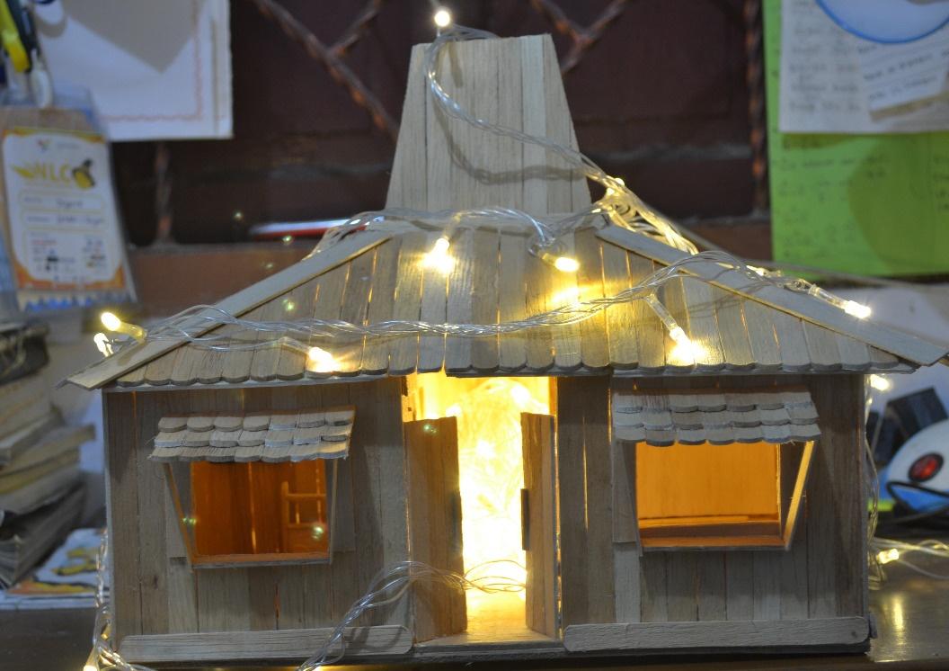 Langkah Kaki Membuat Rumah Tradisional Jawa Jogjlo Dari Stik Es Krim
