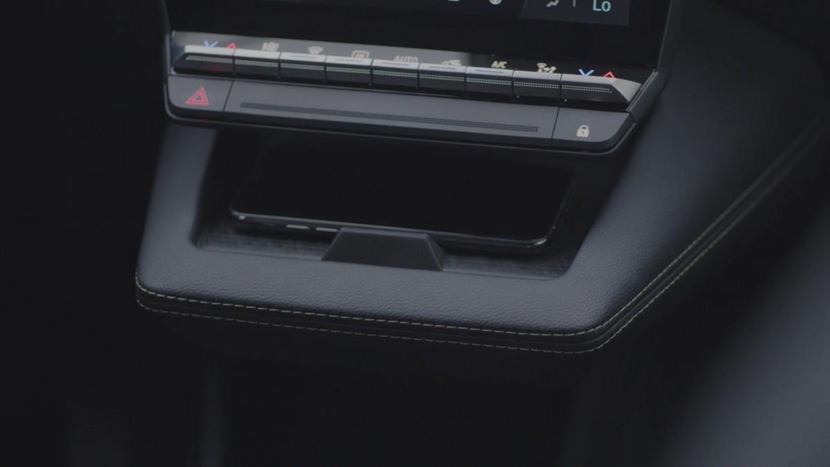 رونو ميجان إي تيك الكهربائية - Megane E-TECH Electric - التصميم الداخلي