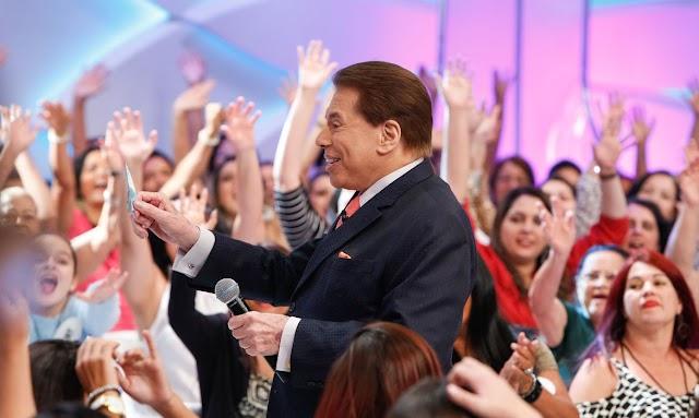 Com Covid-19, Silvio Santos tem alta e deixa hospital