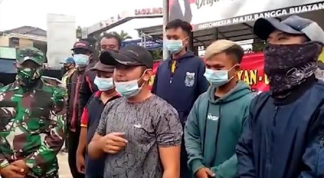 TNI Sudah Ganti Gerobak Pedagang dan Motor yang Ditabrak Kendaraan Tempur