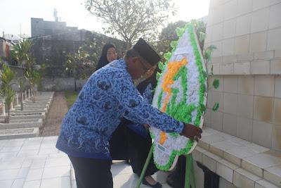 Kemenag Tanjungbalai Gelar Upacara Ziarah Makam Pahlawan