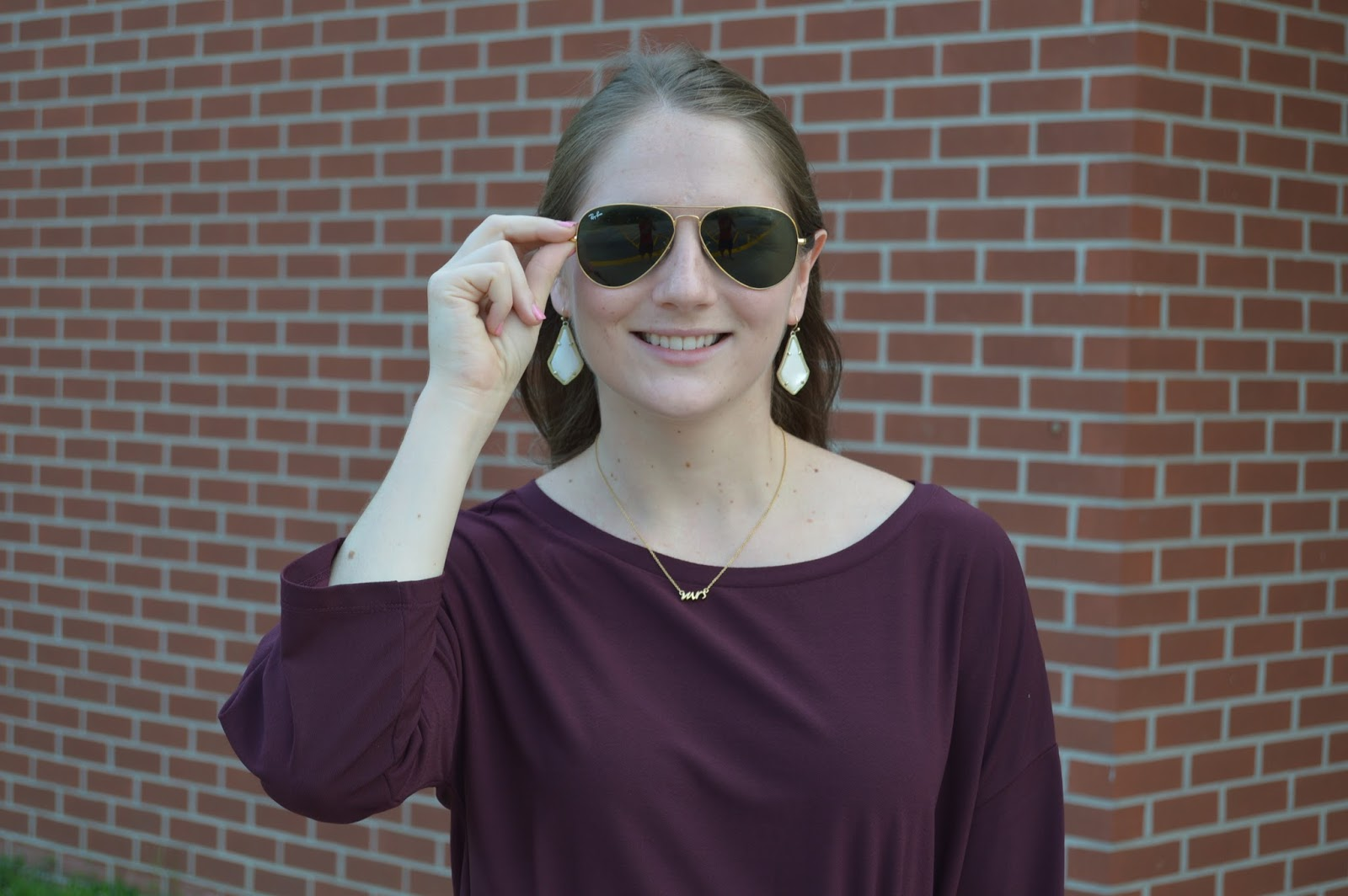 ray-ban original aviators | alex earrings from kendra scott | kate spade mrs necklace | cute accessories | a memory of us