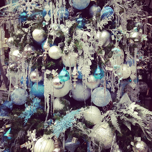 Christmas Tree Decorating Trends 2014