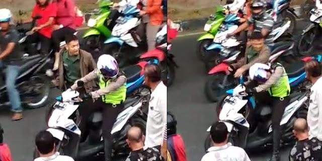 "Alamak Jang Video Viral !! Anggota TNI "" Pukulkan"" Kepala Polisi..Polisinya Diam Aja"
