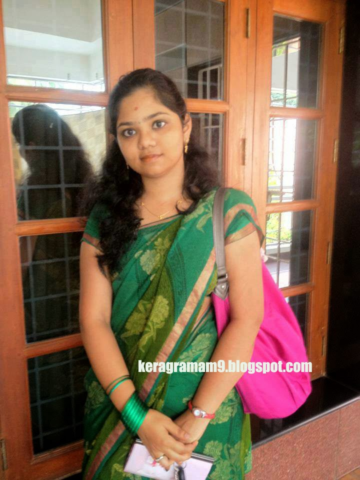 Kerala Engineering College Beautiful Madam Hot Photos -4376