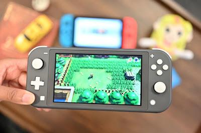 nintendo switch lite gamer tech gift guide 2020