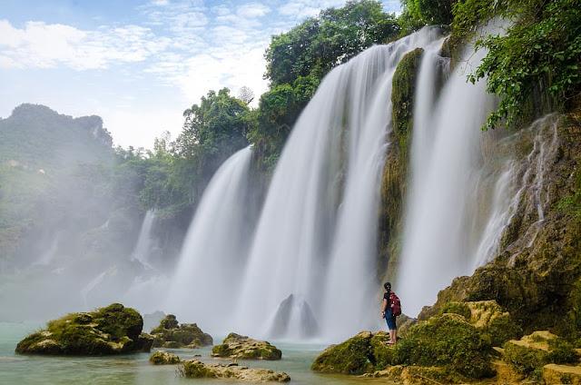Vietnam travel guide in Bengali