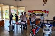 POLRES LOTENG BUBARKAN PERANG KEMBANG API DI PRAYA TENGAH