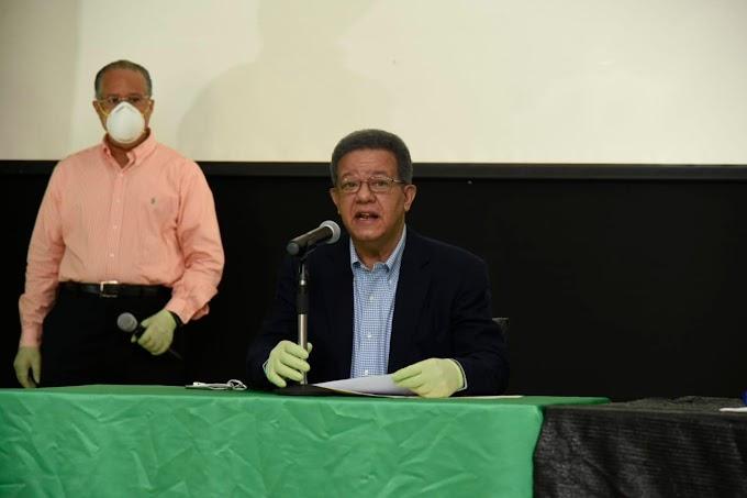 Leonel pone a disposición del Gobierno locales de Fuerza del Pueblo para vacunación