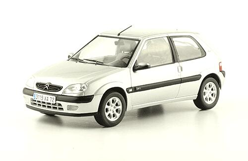 collection citroën 1/24a Citroën Saxo VTS