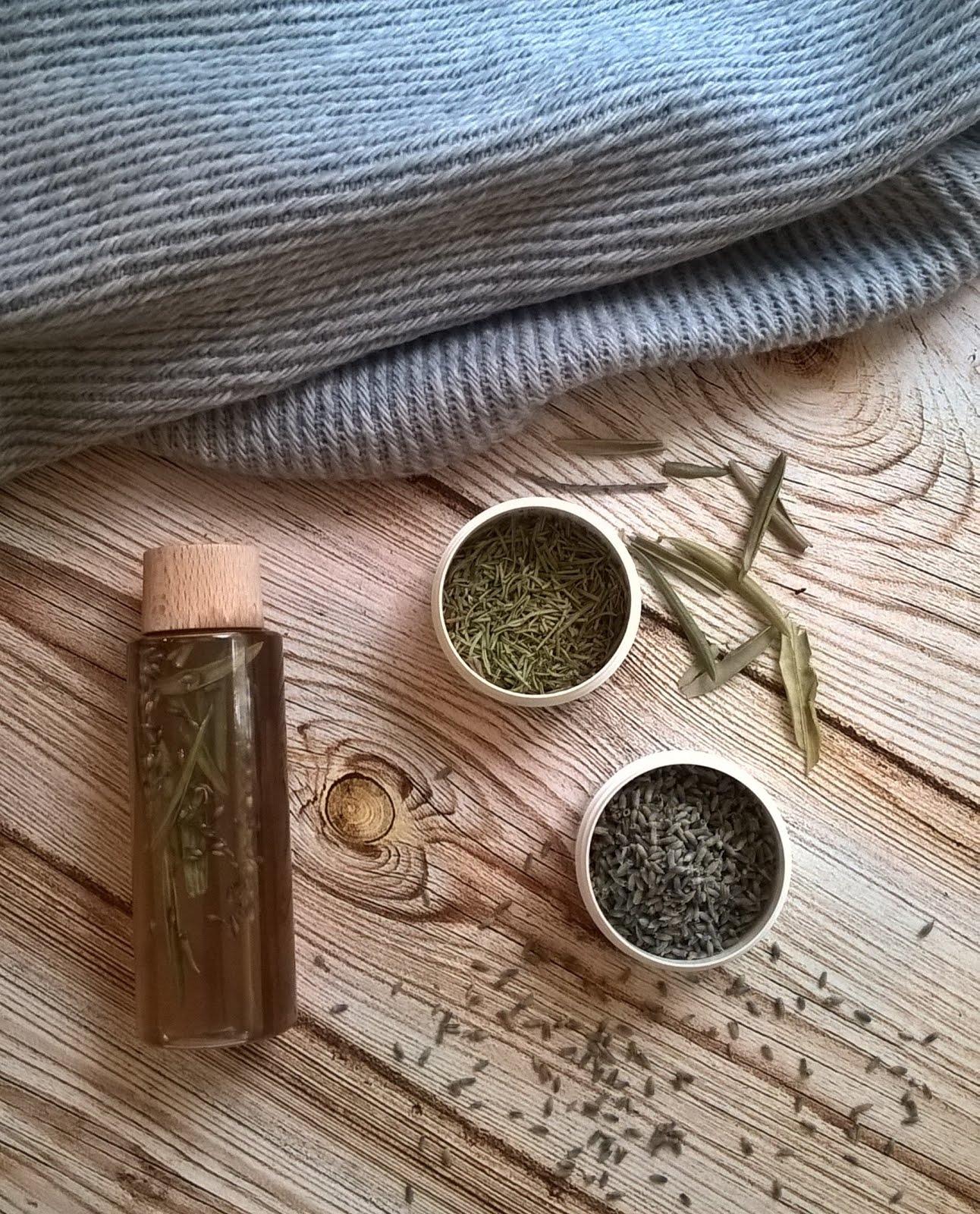 Nalewka octowa do włosów: lawenda i drzewo oliwne