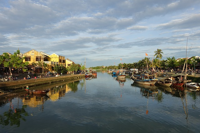 Best Tourist Destinations, Must to visit, Top-rated tourist attractions, Holidays, Travel, Tour, tourism, Camping, Claiming, Hill, Hitchhiking, Solo travel, Solo tour, 13 Best Places to see in Vietnam 2021, Hoi An, Vietnam,