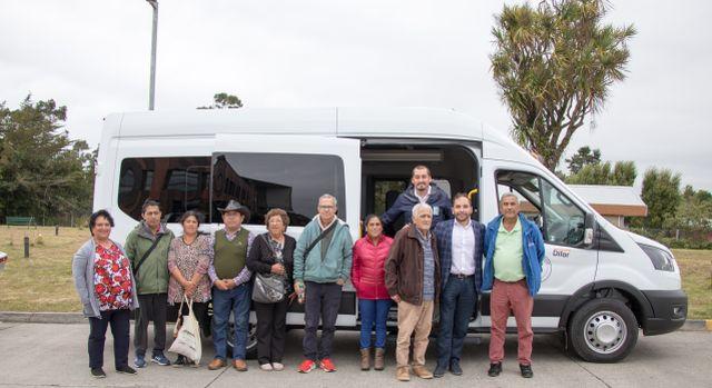 Nueva flota de vehículos para traslado de pacientes dializados en Maullín