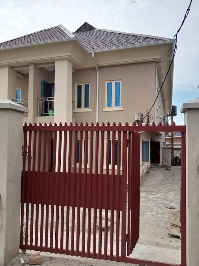 Maryland: 5 Bedroom Fully Detached Duplex