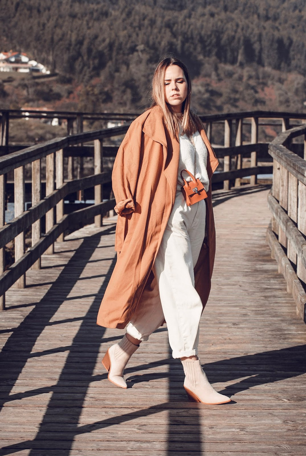Outfit con pantalones slouchy