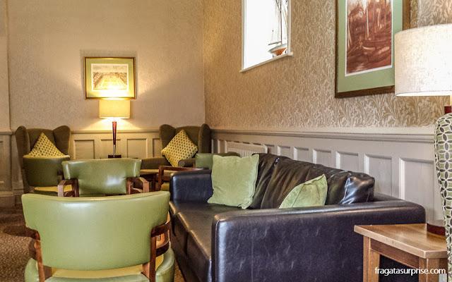 Sala de estar do Winchester Royal Hotel, em Winchester, Inglaterra