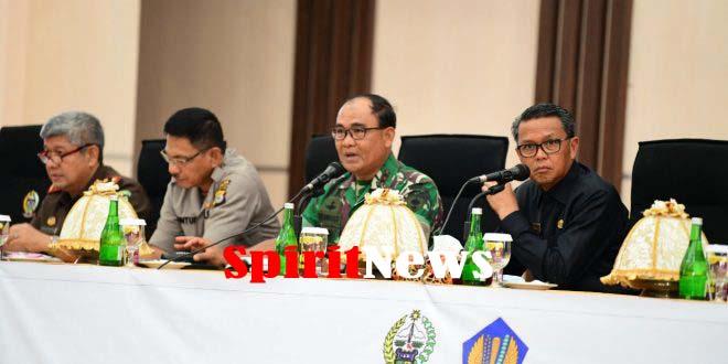 Gubernur NA Pimpin Rapat Forkopimda Di Hadiri Pongdam Hsn dan Kapolda Sulsel