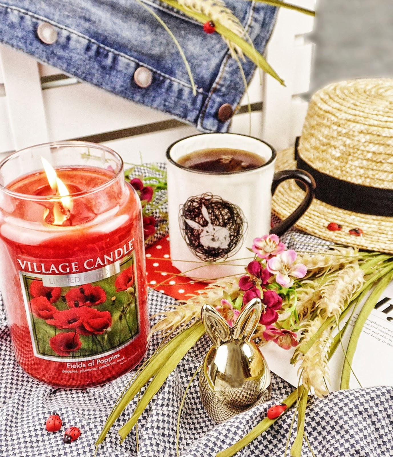Na makowej polance - Fields of Poppies Village Candle