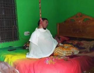 ঝিনাইদহে নিজ বাড়ি থেকে তৃতীয় লিঙ্গের এক ব্যক্তির লাশ উদ্ধার