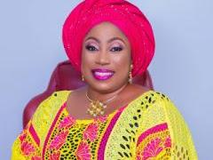 I Am The Queen of Realtors – Tobi Awosoga