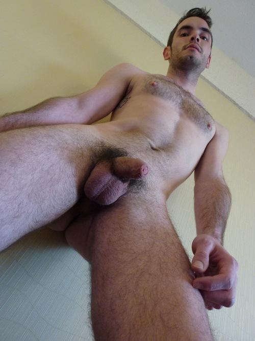 nudist hairy pussy