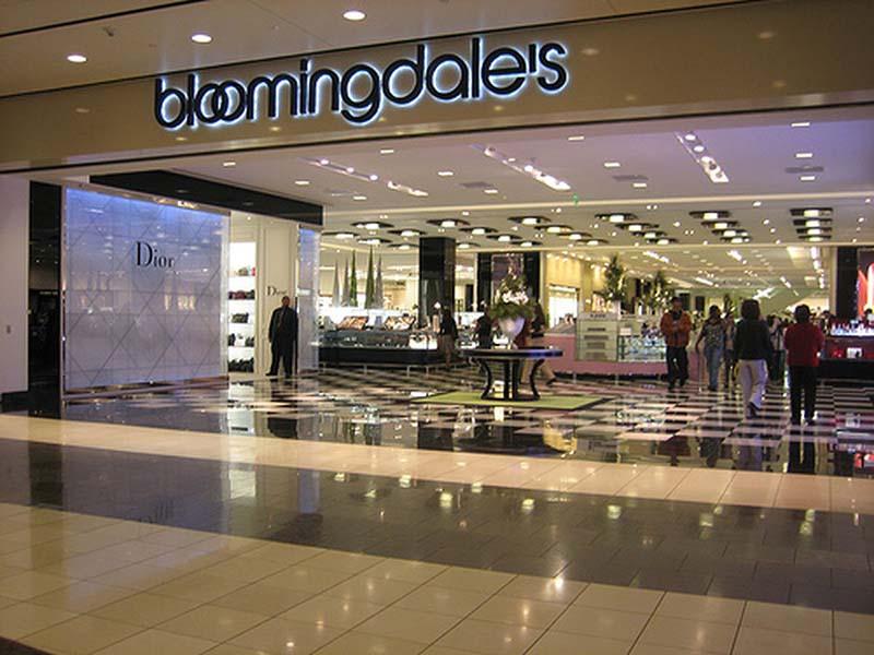 3fc6aa35a89f5 Esta loja só possui uma unidade na cidade, localizada no Shopping Westfield  Centre em San Francisco.
