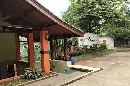 Rumah Makan Sunda Curug Sampireun di Jalan Parung Serab Nyaman Untuk Santai