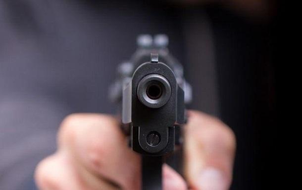 У Запоріжжі чоловік стріляв у поліцейського