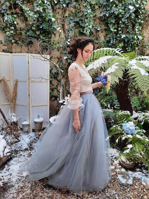 Robe de mariée en tulle bleu et organza peint D'Ors et de Soie
