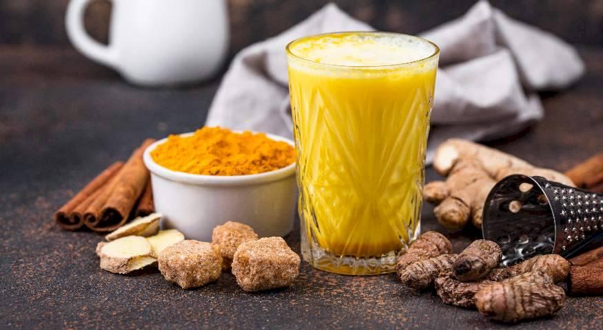 ananas-kurkuma-zdravlje-smoothie