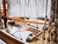 Dettaglio delle scialuppe del Bluenose Amati