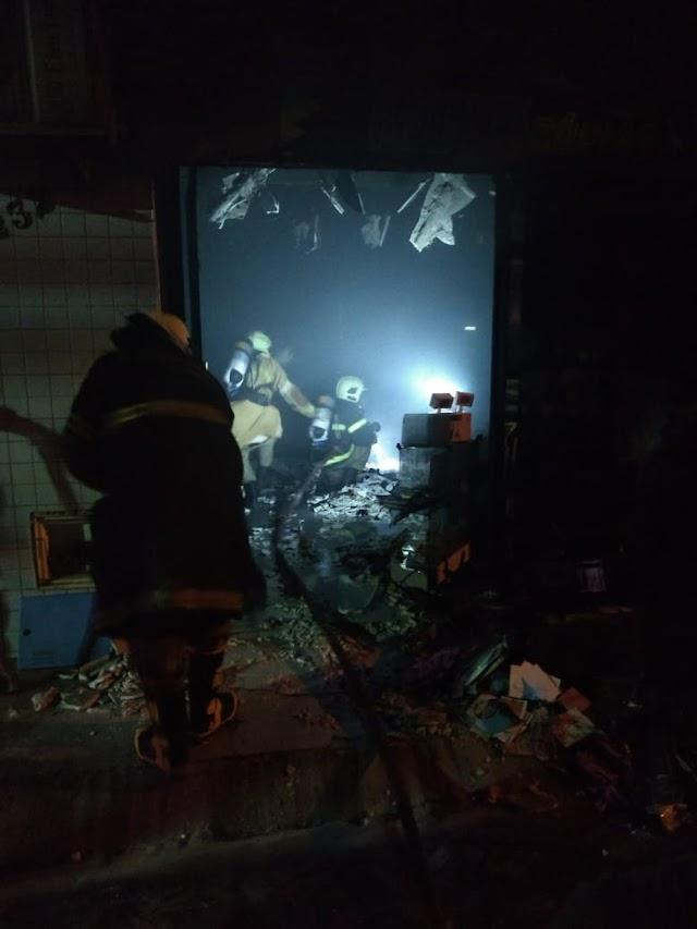 Gráfica é atingida por incêndio em Tabuleiro do Norte/CE