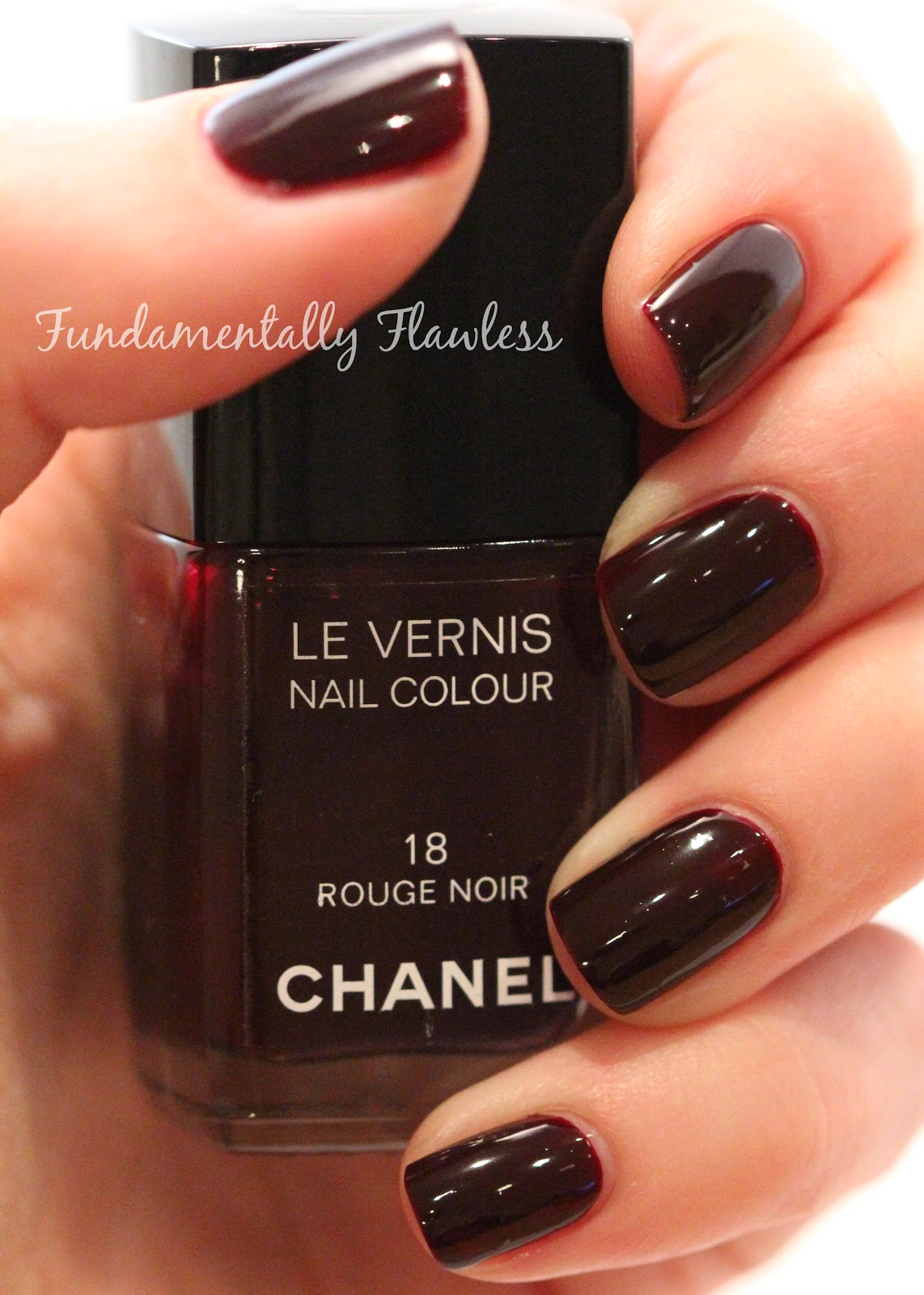 fundamentally flawless chanel 18 rouge noir swatch and review. Black Bedroom Furniture Sets. Home Design Ideas