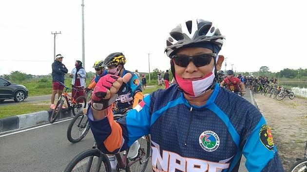 Selain Bersepeda Santai, Kapolda Kalteng Nikmati Kudapan Sehat