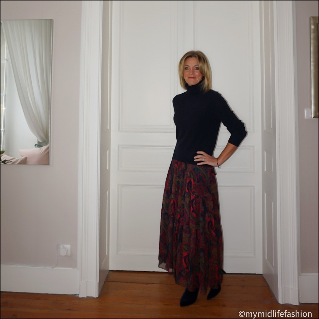 my midlife fashion, marks and Spencer pure cashmere roll neck jumper, Lauren  Ralph  Lauren paisley maxi skirt, marks and Spencer velvet stiletto heel  ankle boots