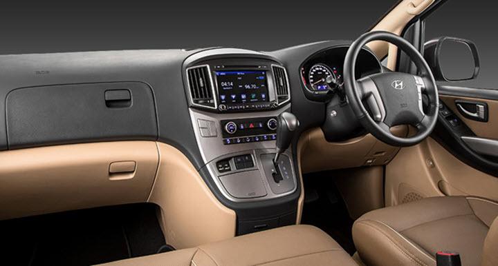 Hyundai Starex 2020 có ngoại hình thể thao, nội thất 11 chỗ ngồi