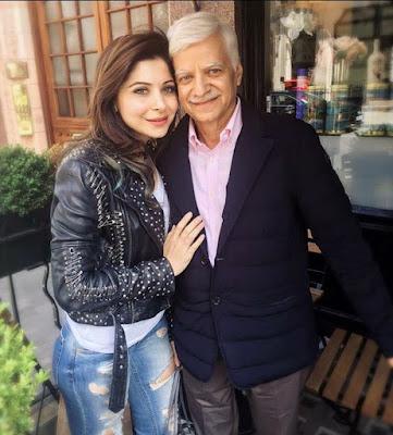 Kanika Kapoor with father Rajeev Kapoor