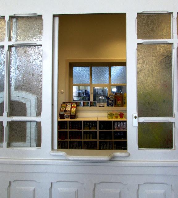 balcão da antiga loja da fábrica de Conservas Pinhais