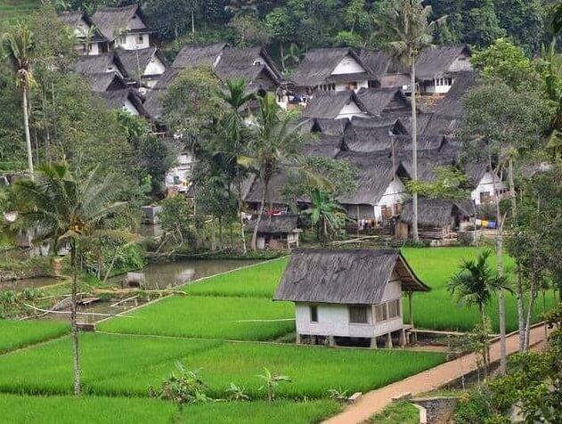 Kampung Naga Tasikmalaya Jawa Barat - foto instagram hend.i1292