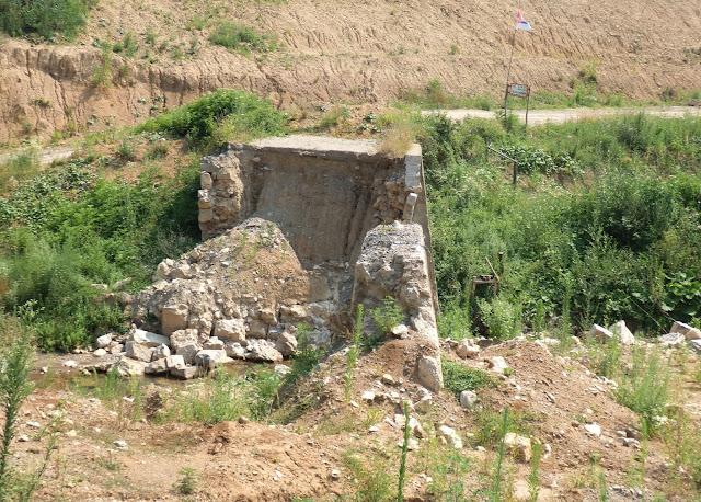 Most w serbskich górach (lipiec 2015)