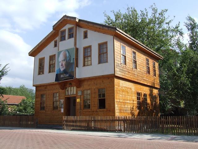 Kastamonu Cide'de bulunan Rıfat Ilgaz Müze Evi