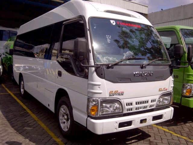 Jasa Travel Blitar Semarang