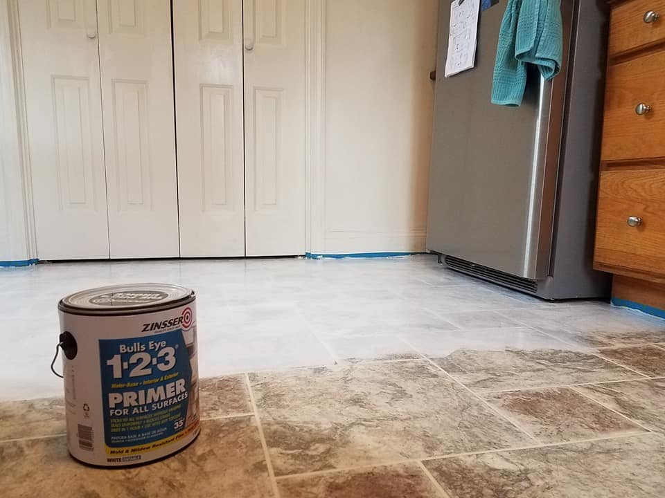 getting latex paint off vinyl floor laminate flooring ideas. Black Bedroom Furniture Sets. Home Design Ideas