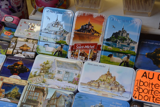 Mont Saint-Michel city cookie box